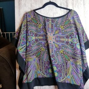 Women's Size Small Batwing Colorful Top
